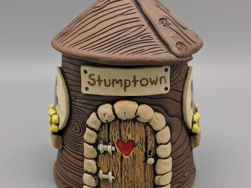 Selling with online payment: Fairy House Covered Jar