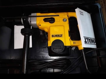 Renting out equipment (w/o operator): DeWalt d2550 KSDS-max