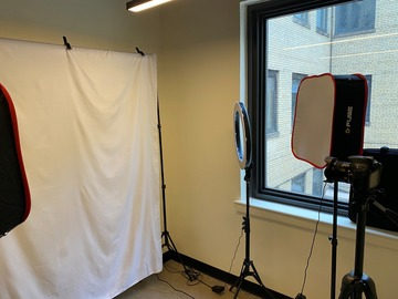 Rent Podcast Studio: Photo shoot room