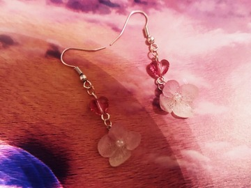: Pearl Hydrangea with Swarovski Crystal Earring