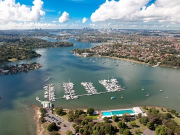 Rent By The Day (Calendar availability option): 18m Berth Cabarita Point d'Albora Marinas