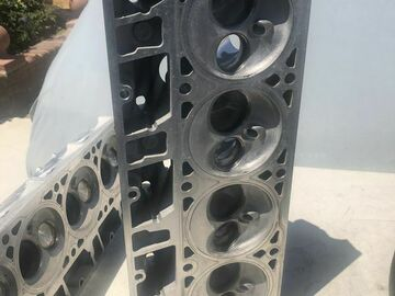 Selling with online payment: GM LS 6.0 317 casting Cnc ported heads