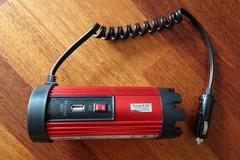 Vermieten: Spannungswandler 12V - 230V - 100Watt