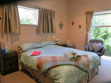 Book on LiveLocal or Other Platforms: Kowhai Cottage in Merivale