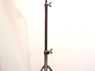 Selling with online payment: 1960-70s  LUDWIG # 1402 tripod base cymbal stand