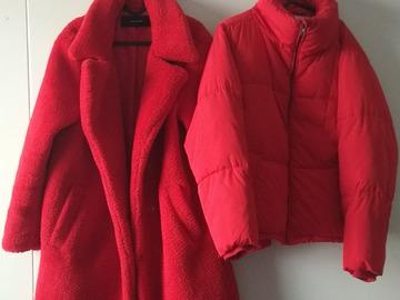 Myydään: Coats