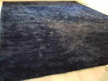 Myydään: extra large thick carpet