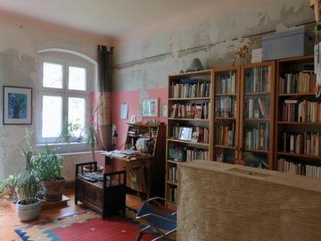 Tauschobjekt: Feine kleine Wohnung gegen kleines Haus in Berlin oder Brandenbur