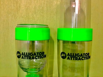 Selling with online payment: Alligator Attraction Flip Tumbler