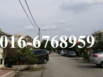 For sale: Pandan Indah 2 storey End Lot Linked House For Sale