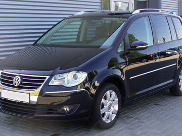 Selling: VW Touran for sale in Tokyo diplomatic plates