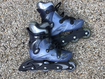 Vente: Rollers femme taille 37 + protections (genoux, poignets)