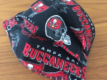 Selling with online payment: Buccaneers Face Mask