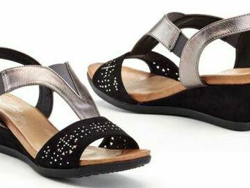 Liquidation/Wholesale Lot: 8 PCS Lady Godiva Ana Women's Wedge Sandals Size-9