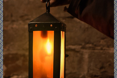 Selling with right to rescission (Commercial provider): Medieval square lantern with horn windows