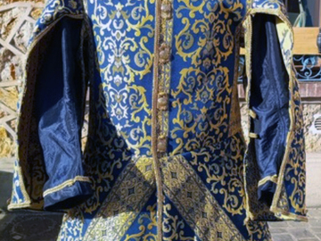 Verkaufen: Jerkin with punctured sleeves, blue and gold