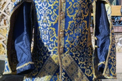 Vendita: Jerkin with punctured sleeves, blue and gold