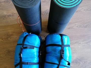 Hyr ut (per day): 2 kpl makuupusseja ja makuualustat kesäkäyttöön