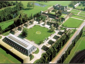 Actualité: Dans les coulisses du centre d'entraînement hippique de Grosbois