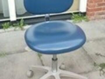 Artikel aangeboden: Tandarts werkstoel