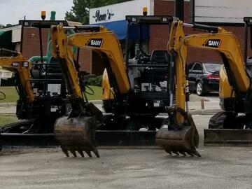 Renting out equipment (w/o operator): Sany 8500LB Excavator E1
