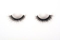 For Sale: Glam05 3D Mink Lashes byNOEL