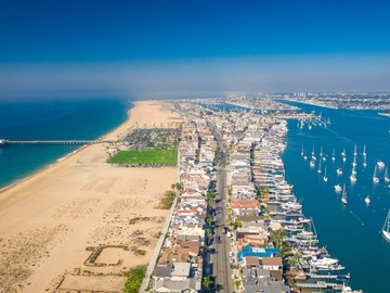 Daily Rentals: Newport Beach CA, Prime Daily Beach Parking on the Peninsula