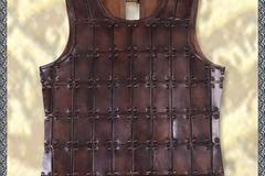 Verkaufen mit Widerrufsrecht (Gewerblicher Anbieter): Mittelalterliche Brigantine, Brustpanzer, Leder, versch. Größen