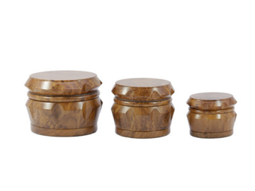 Post Products: 1Pcs Latest Upscale wood two colors 4 Layers Smoking Herb Grinder