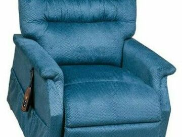 SALE: Golden Technologies Monarch Large Recliner Chair