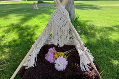 Selling with online payment: Macrame small teepee.