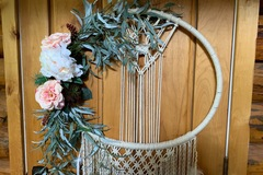 Selling with online payment: Macrame wall hanging.