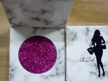 For Sale: Chi Zale  Magenta Glitter single Eyeshadow Pallet