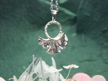 : ginkgo leaf silver pendant