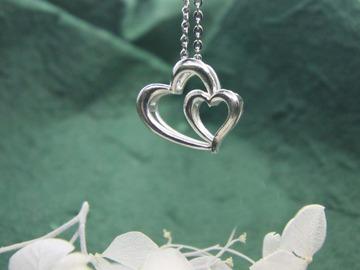 : twin heart pendant