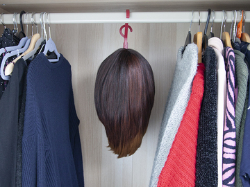 For Sale: Tomiin Wig Hanger