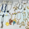 Buy Now: 50 pcs Brand Name Necklace Lot -  w/ Lots + Lots  of Styles !
