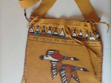 Selling: Bag has a - arson pattern and teepees