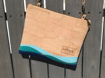 Selling with online payment: Seaside Cork Small Crossbody Purse