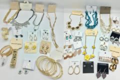 Buy Now: $1500.00 Brand Name Jewelry lot 100 Pieces All the current styles