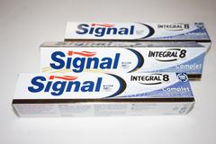 Vente: Lot de 3 Dentifrices SIGNAL intégral 8 actions