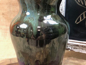 Selling with online payment: Vases