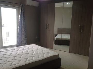 Rooms for rent: B'Kara - Modern double bedroom with private bathroom AC & balcony