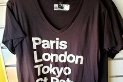 Selling with online payment: Women's World Tour T-Shirt