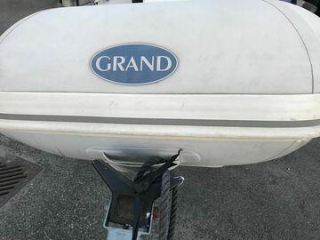 Tilbys: Grand med ratt konsoll. Utrolig moro!