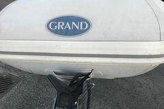 Jeg vil leie: Grand med ratt konsoll. Utrolig moro!