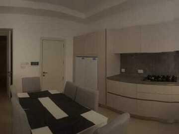 Rooms for rent: 5 bedrooms, 4 bathroom house in Luqa