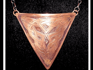 Selling with online payment: Artisan Copper Celtic Knot Necklace