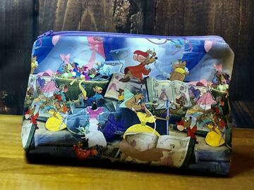 Selling with online payment: Sewing Mice Cosmetic Bag