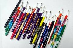 Buy Now: 2000 Misprint Plastic Stick Pens – No Caps - Only 6 cents each